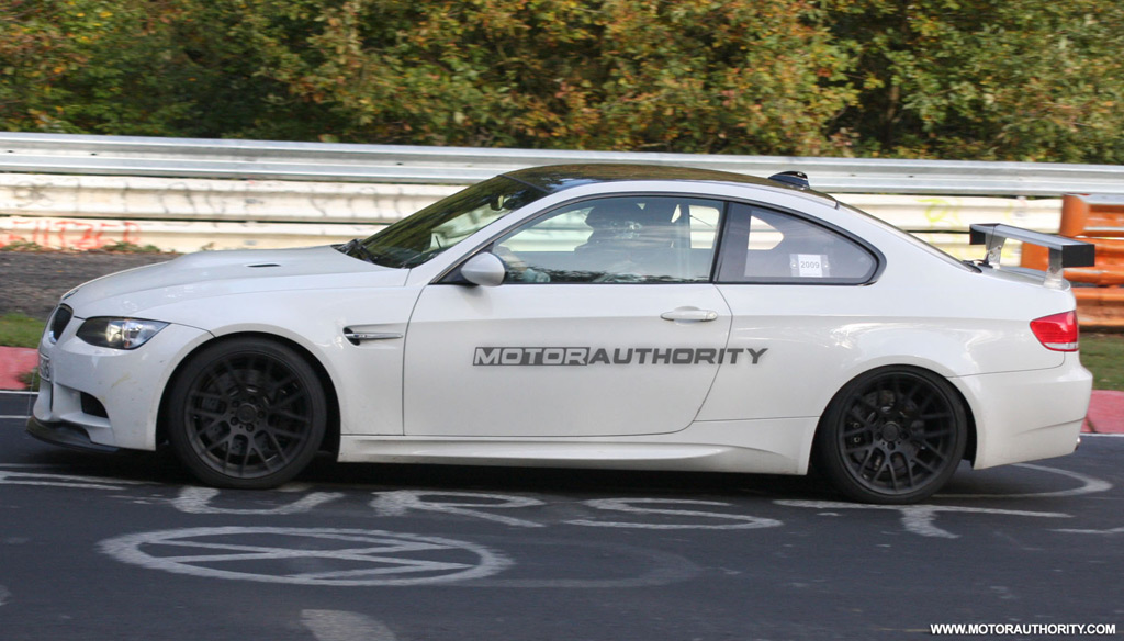 bmw-m3-gt-spy-shots_100230910_l