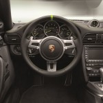911 Turbo S Edition 918 Spyder dash
